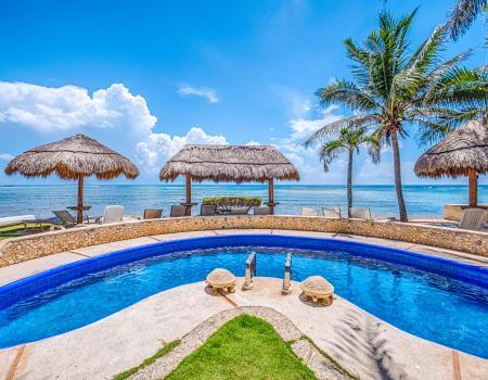 beachfront vacation rental on halfmoon bay akumal mexico